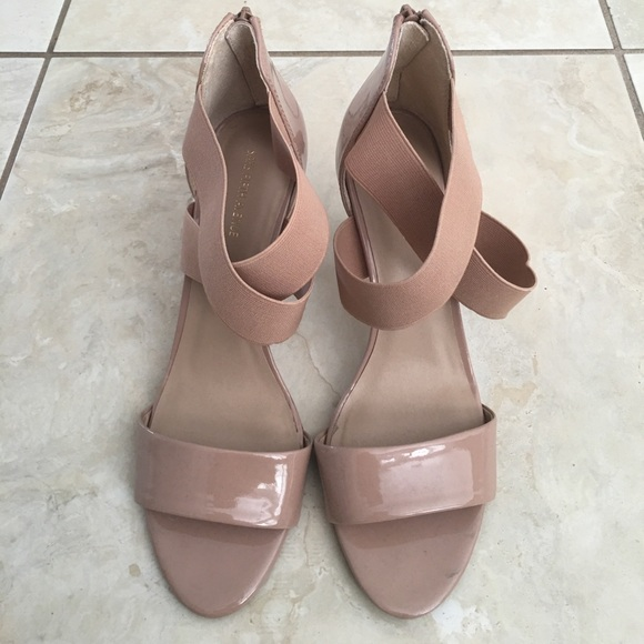 Saks Fifth Avenue Womens Shoes